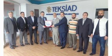 TEKSİAD, Eski Başkanına Teşekkür Etti